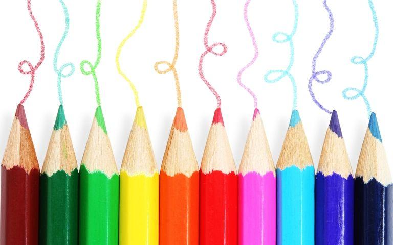 salah satunya adalah dengan menggunakan pensil warna mungkin melukis dengan memakai cat minyak atau cat air bisa memberikan kepuasan lebih dengan hasil