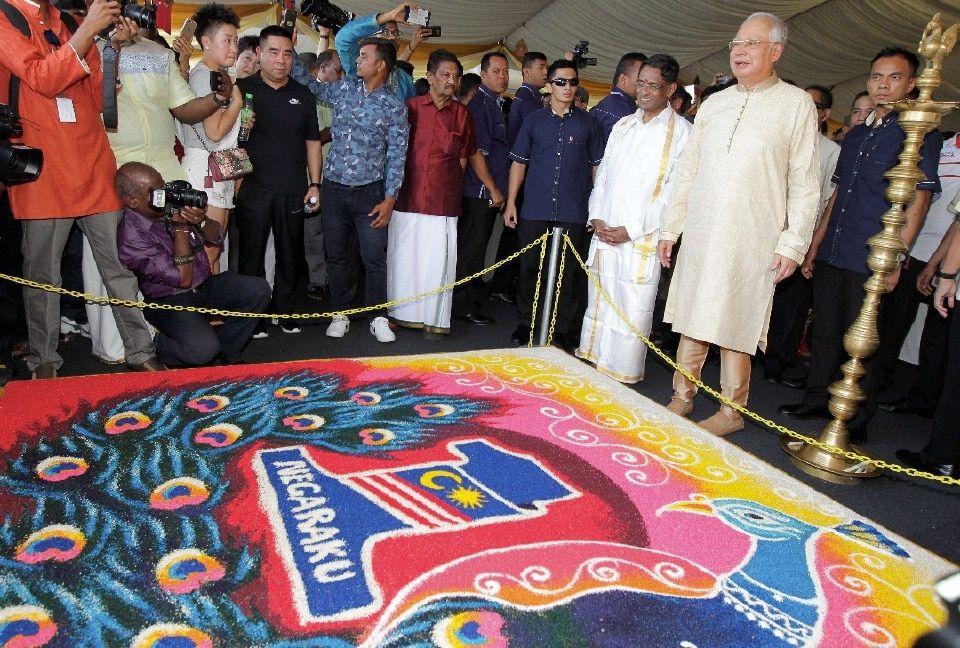 Gambar Mewarna Perayaan Deepavali Bernilai Pm Hadir Rumah Terbuka Deepavali Mic Nasional Berita Harian