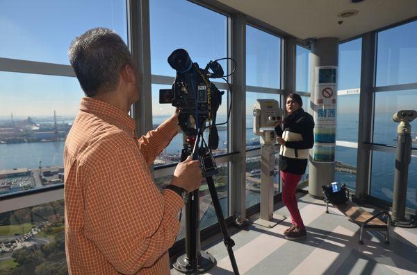 07 pengacara rosnani membuat tinjauan dari menara pelabuhan chiba yang menjanjikan pemandangan indah pusat bandar chiba dan tokyo