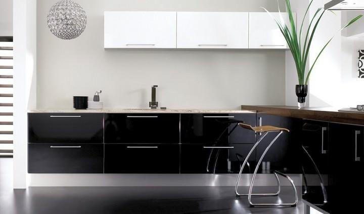 Poster Kelawar Kaki Besar Kelabu Hebat Reka Bentuk Dapur Dengan Jubin Hitam Dapur Hitam Dan Putih Kertas